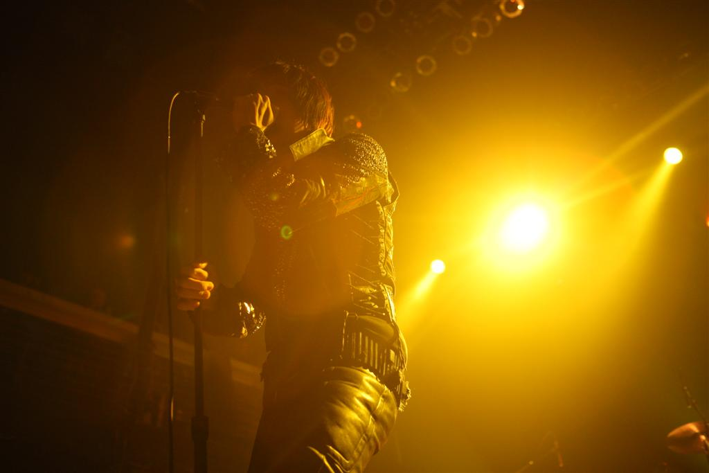julian-casablancas-nyc-011510-04