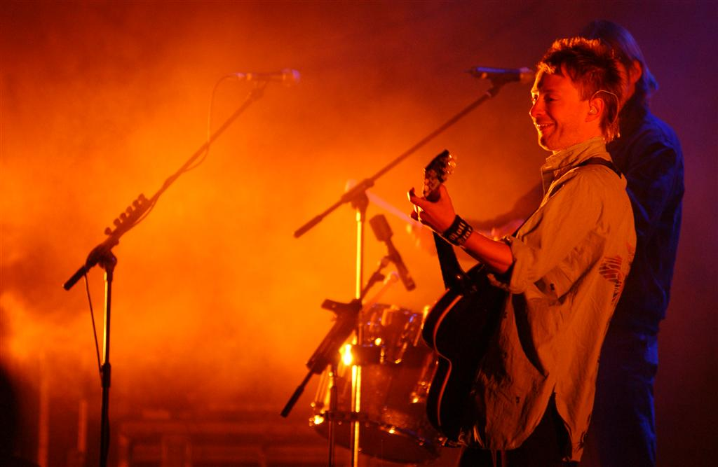 radiohead-hollywood-bowl-2003-02